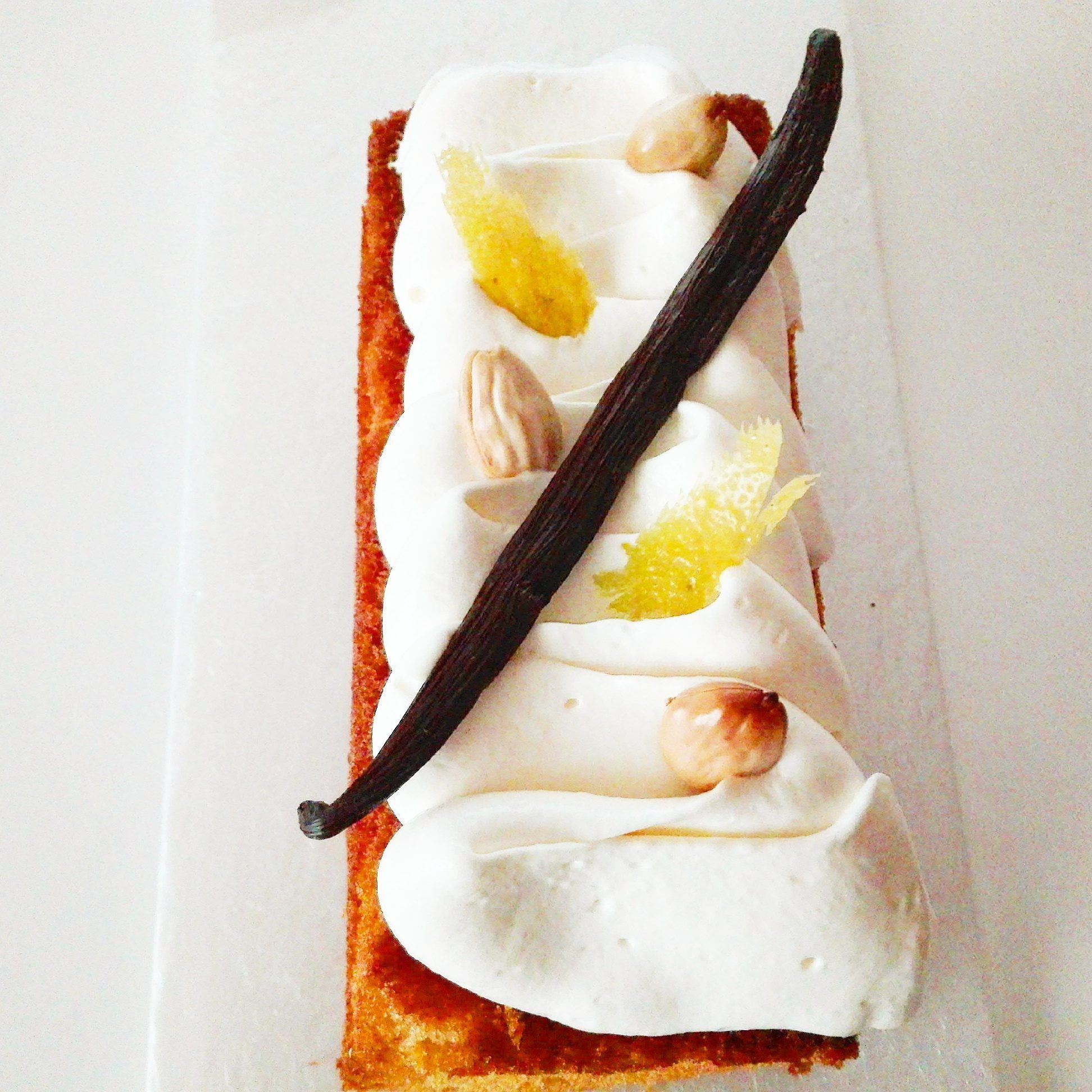 immagine del plumcake al limone su biancolievito