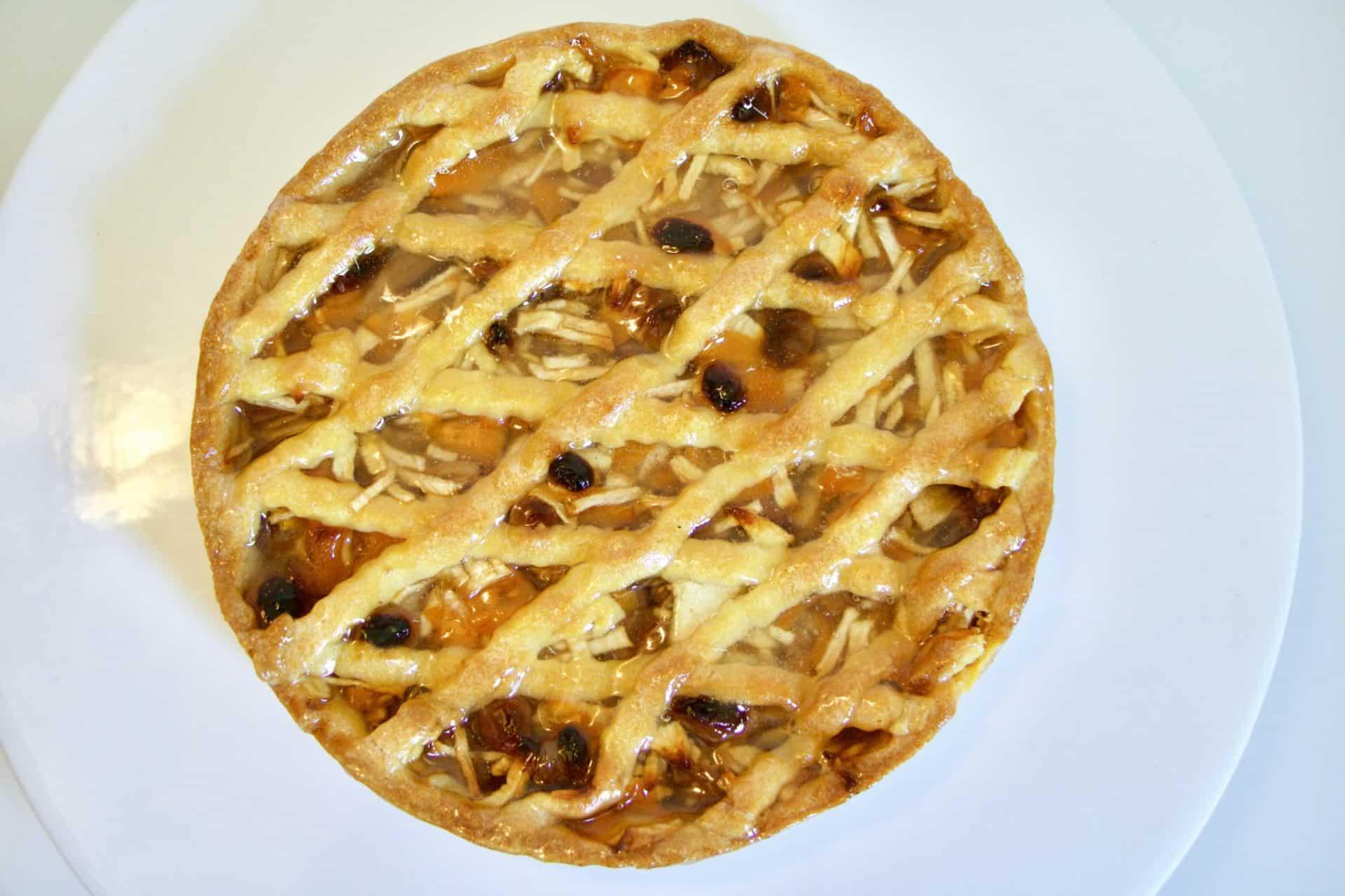 immagine della crostata fantasia di mele e pesche su biancolievito