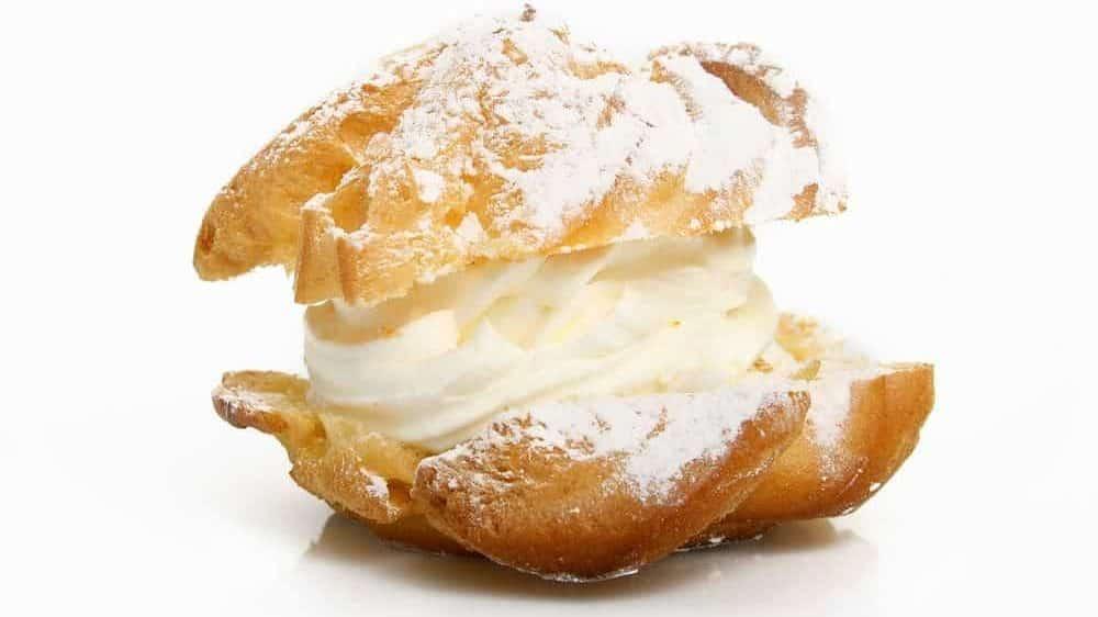 pasta bingé ripiena di crema secondo la ricetta di Igino massari